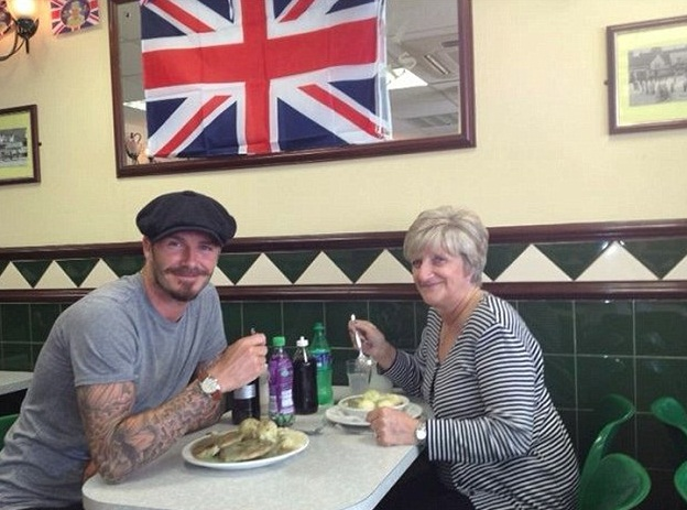 Lunch with Mom- David Beckham